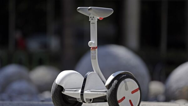 New self-balancing scooter in downtown Los Angeles - Sputnik International