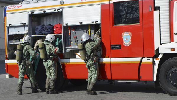 Fire servicemen in Russia - Sputnik International