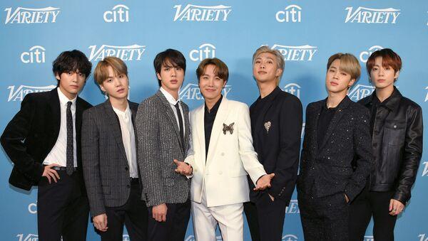 V, SUGA, Jin, J-Hope, RM, Jimin, and Jungkook of BTS attend the 2019 Variety's Hitmakers Brunch at Soho House on December 07, 2019 in West Hollywood, California. - Sputnik International