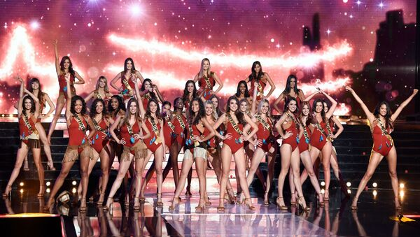 Contestants perform on stage during the Miss France 2020 beauty contest in Marseille, on December 14, 2019 - Sputnik International