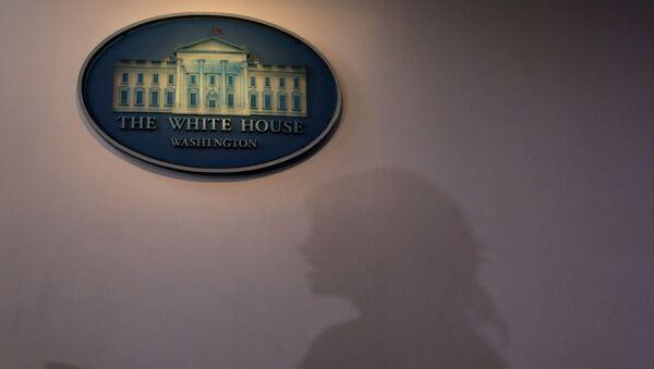 White House senior adviser Kellyanne Conway speaks to members of the news media - Sputnik International