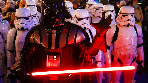 A person dressed as Darth Vader and others as Storm Troopers attend the premiere of Star Wars: The Rise of Skywalker in London, Britain, December 18, 2019. - Sputnik International