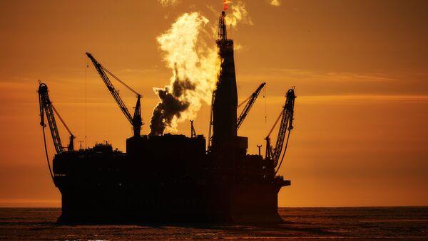 Russian offshore oil platform - Sputnik International
