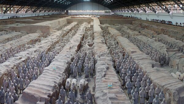 The Terracotta Army expands as 220 more earthenware 'warriors' are uncovered in the necropolis of the Chinese emperor Qin Shi Huang. - Sputnik International