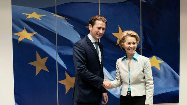 European Commission President Ursula von der Leyen meets with Austria's Chancellor Sebastian Kurz, in Brussels, Belgium January 12, 2020 - Sputnik International