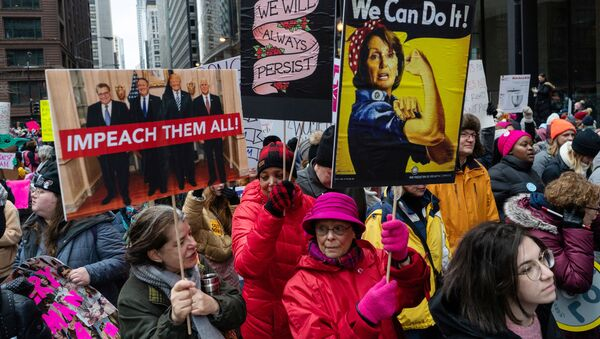 People gather in Federal Plaza during the Women's March in Chicago, Illinois, U.S. January 18, 2020. - Sputnik International