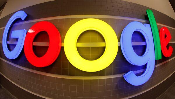 An illuminated Google logo inside an office building in Zurich, Switzerland, December 5, 2018 - Sputnik International