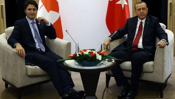 Turkish President Recep Tayyip Erdogan and Canada's Prime Minister Justin Trudeau - Sputnik International
