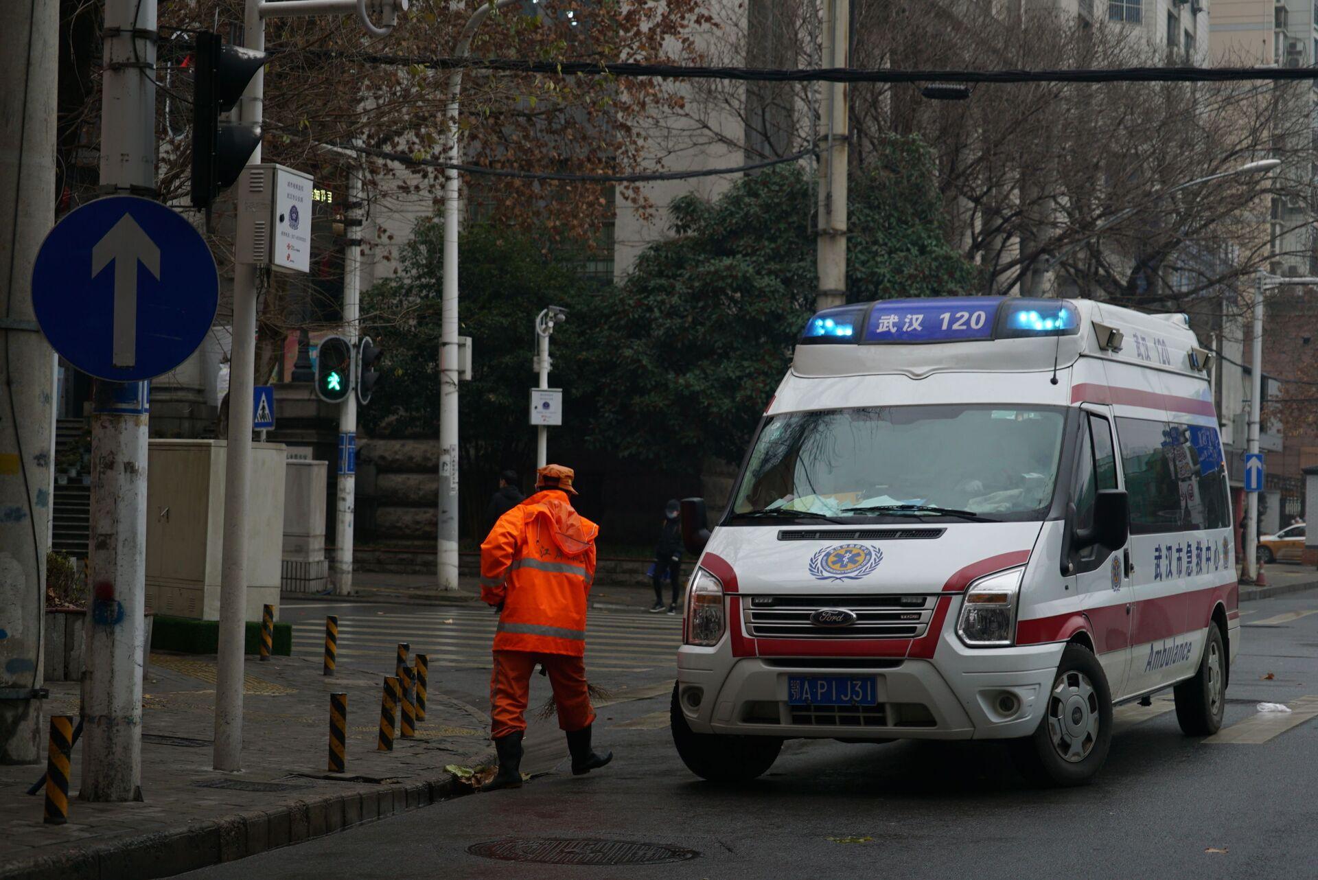 An ambulance in Wuhan, China - Sputnik International, 1920, 07.09.2021