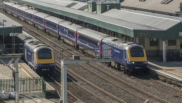 High Speed Trains Pass Cardiff - Sputnik International
