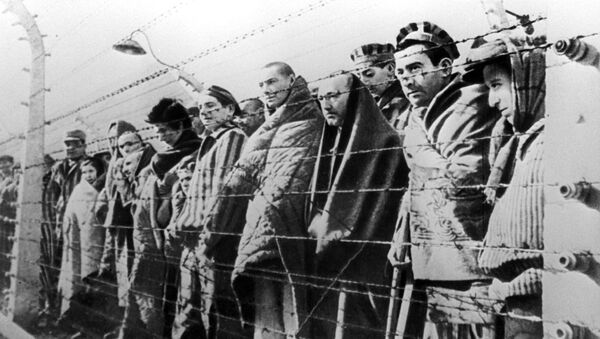Prisoners of the Auschwitz concentration camp liberated by the Red Army in January 1945.  - Sputnik International