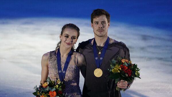 Russian figure skaters Victoria Sinitsina and Nikita Katsalapov have won gold in the ice dance event at the European Figure Skating Championships - Sputnik International