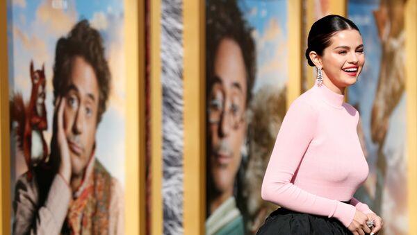 Cast member Selena Gomez poses at the premiere for the film Dolittle in Los Angeles - Sputnik International