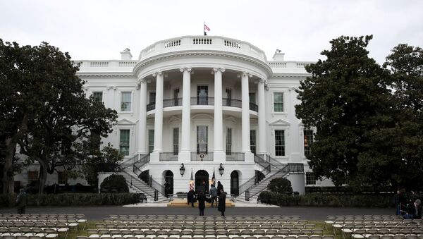 Workers prepare the South Lawn for a ceremony for U.S. President Donald Trump to sign the United States-Mexico-Canada Agreement (USMCA) trade deal at the White House in Washington, U.S. January 29, 2020.  - Sputnik International