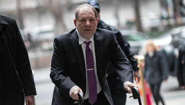 Film producer Harvey Weinstein arrives at New York Criminal Court for his sexual assault trial in the Manhattan borough of New York City, New York, U.S., February 4, 2020 - Sputnik International