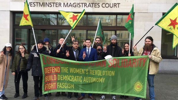 Supporters of Newey family outside of Westminster Magistrates' Court 14 Feb 2020 - Sputnik International