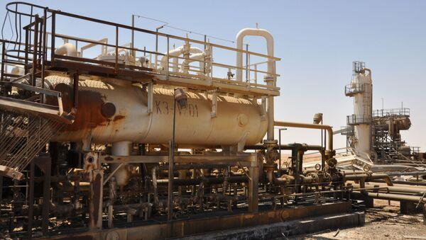 A picture taken on July 9, 2017 shows Syria's Arak gas field - Sputnik International