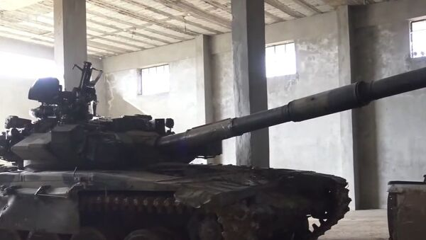 Turkish-backed militants used a captured Syrian T-90 against its previous owners in a recent battle in the nation's province of Aleppo. - Sputnik International
