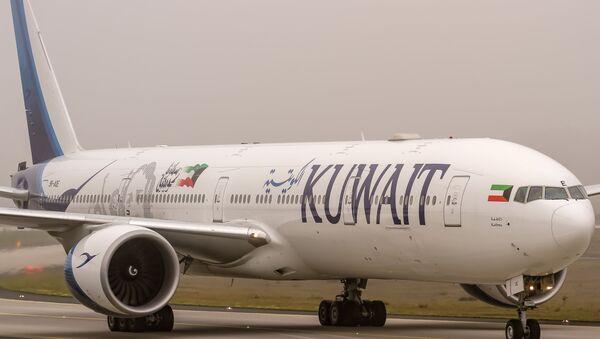 9K-AOE Kuwait Airways Boeing 777-369(ER) coming in from Kuwait - Sputnik International
