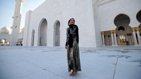 White House senior advisor Ivanka Trump visits the Sheikh Zayed Grand Mosque in Abu Dhabi, United Arab Emirates, 15 February 2020 - Sputnik International