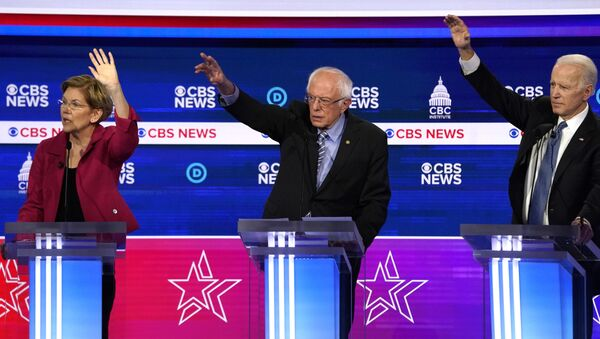Democratic 2020 U.S. presidential candidates Senator Elizabeth Warren, Senator Bernie Sanders, and former Vice President Joe Biden debate in the tenth Democratic 2020 presidential debate at the Gaillard Center in Charleston, South Carolina, U.S. February 25, 2020 - Sputnik International