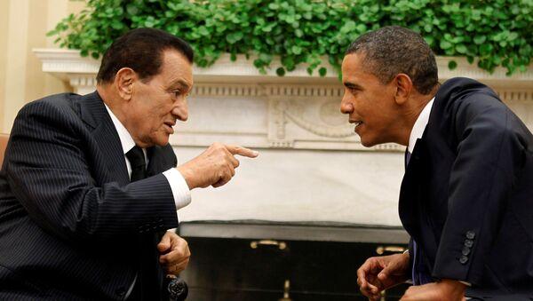 US President Barack Obama (R) meets with Egypt's President Hosni Mubarak in the Oval Office of the White House in Washington September 1, 2010 - Sputnik International
