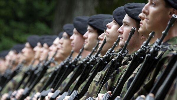 Soldiers of the Swiss army - Sputnik International