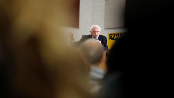 U.S. Democratic presidential candidate Bernie Sanders speaks during a rally in Dearborn, Michigan, U.S.,March 7, 2020 - Sputnik International