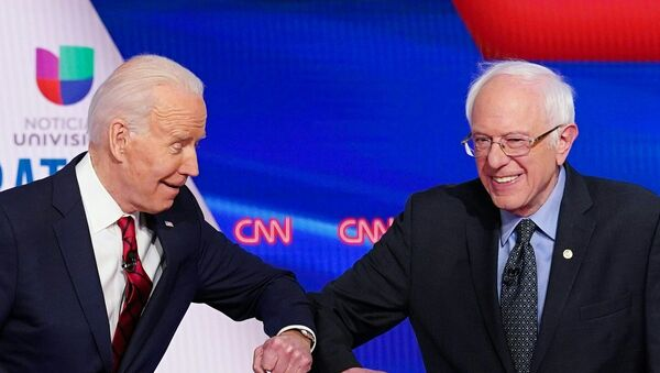 US vice president Joe Biden and Senator Bernie Sanders - Sputnik International