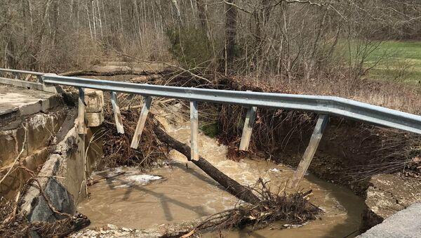 Washed out bridge along Sanes Creek in southeastern Indiana - Sputnik International