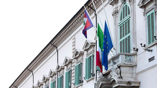 The Italian and EU flags fly at half mast as a sign of mourning for the victims of the coronavirus disease (COVID-19), at Palazzo del Quirinale, Rome, Italy 31 March 2020.  - Sputnik International