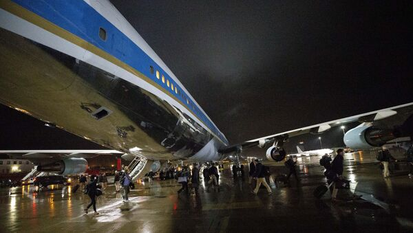 White House staff, U.S. Secret Service and the press pool swap planes to a waiting Air Force One, Friday, Nov. 29, 2019, at Ramstein Air Base, Germany - Sputnik International