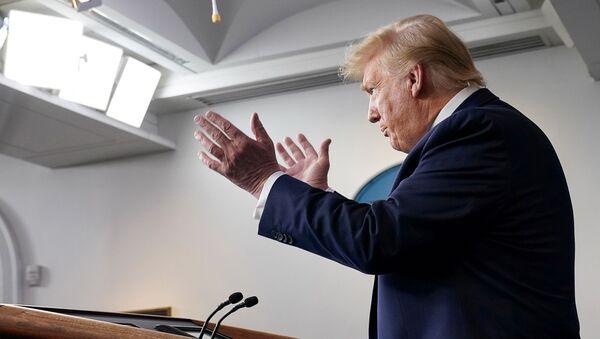 U.S. President Donald Trump addresses the daily coronavirus task force briefing at the White House in Washington, U.S., April 7, 2020 - Sputnik International