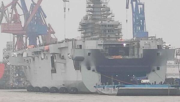 China's new type 075 assault ship damaged by the fire, 11 March 2020 - Sputnik International