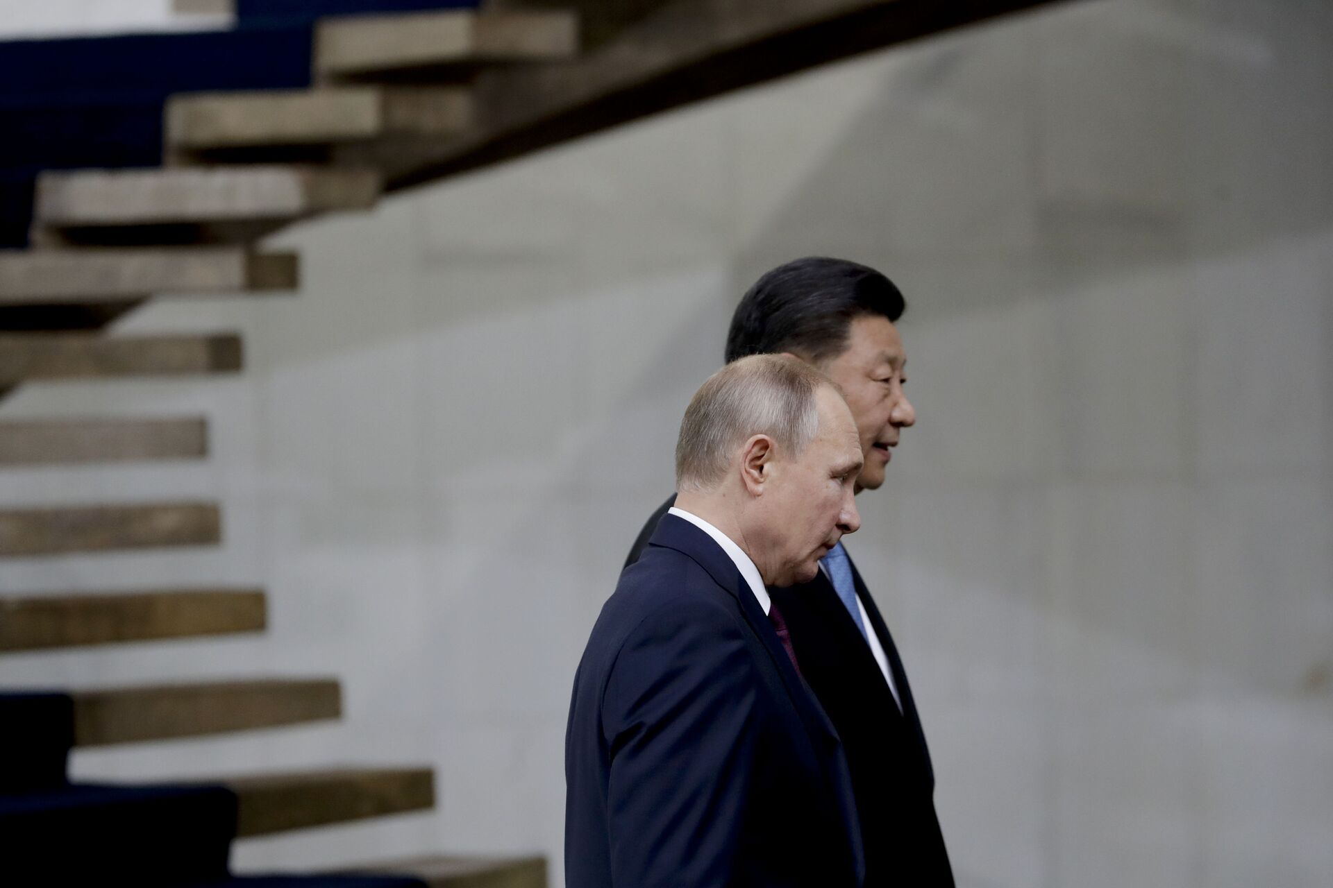 Russia's President Vladimir Putin and China's President Xi Jinping walk after the family photo of leaders of the BRICS emerging economies at the Itamaraty palace in Brasilia, Brazil, Thursday, Nov. 14, 2019 - Sputnik International, 1920, 06.10.2021
