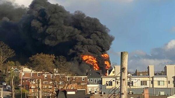 Multiple houses on fire in Pittsburgh's Lawrenceville, Pennsylvania, 21 April 2020 - Sputnik International