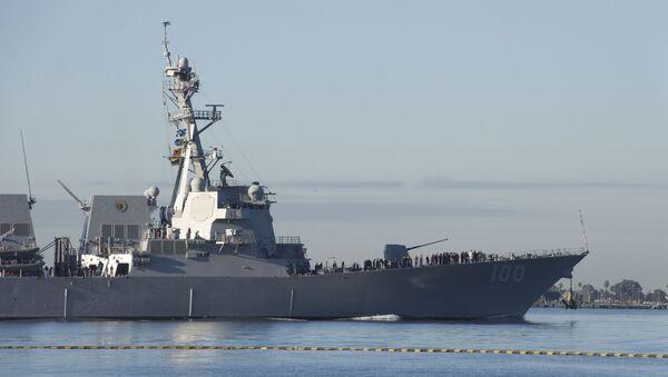 The guided-missile destroyer USS Kidd (DDG 100) departs San Diego Bay. - Sputnik International