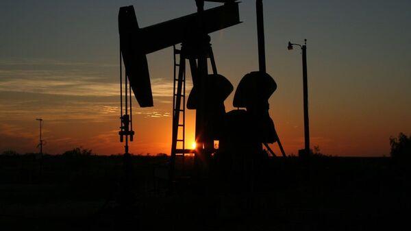 Oil Derrick in Texas - Sputnik International