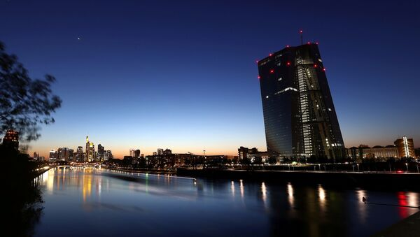The head quarter of the European central bank (ECB,R) is photographed during sunset in Frankfurt, Germany, April 22, 2020, as the spread of the coronavirus disease (COVID-19) continues - Sputnik International