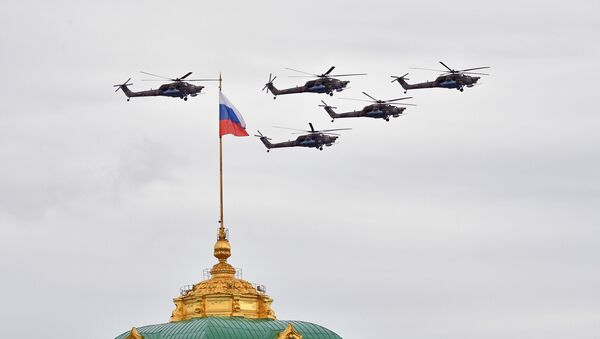 Mi-28 Helicopters Flying Over Moscow During the Victory Day Parade  - Sputnik International
