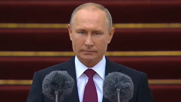 Vladimir Putin Addressing Presidential Regiment - Sputnik International