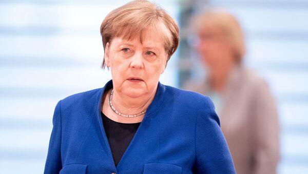 German Chancellor Angela Merkel attends the weekly cabinet meeting, as the spread of the coronavirus disease (COVID-19) continues, in Berlin, Germany, 13 May 2020. - Sputnik International