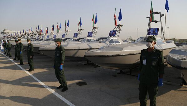 IRGC receives offensive fast boats at a ceremony in Bandar Abbas, May 28, 2020. - Sputnik International