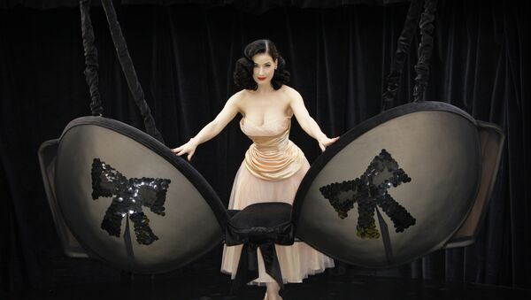Танцовщица Дита фон Тиз  - Sputnik International