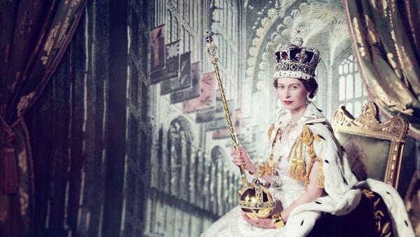Queen Elizabeth II during coronation - Sputnik International