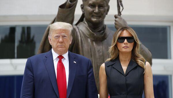 President Donald Trump and first lady Melania Trump visit Saint John Paul II National Shrine, Tuesday, June 2, 2020, in Washington - Sputnik International