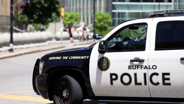 A view shows a Buffalo Police vehicle parked in front of the city hall before a protest against the death in Minneapolis police custody of George Floyd, in Niagara Square, in Buffalo, U.S., June 5, 2020 - Sputnik International