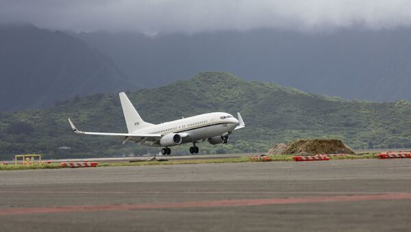 A U.S. Navy C-40 Clipper jet aircraft assigned to Fleet Logistics Support Squadron (VR) 51 prepares to land at Marine Corps Air Station Kaneohe Bay at Marine Corps Base Hawaii, July 26, 2019. - Sputnik International