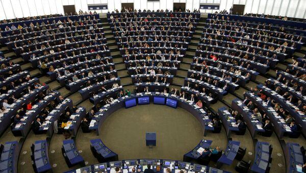 Members of the European Parliament take part in a voting session in Strasbourg, France, November 28, 2019. - Sputnik International