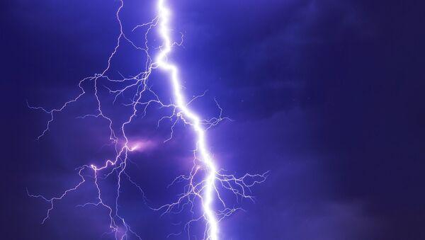 Lightning strike kills over 100 in India's Uttar Pradesh and Bihar  - Sputnik International